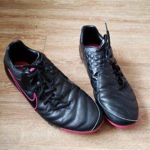 Nike 5 Bomba Pro Sneakers
